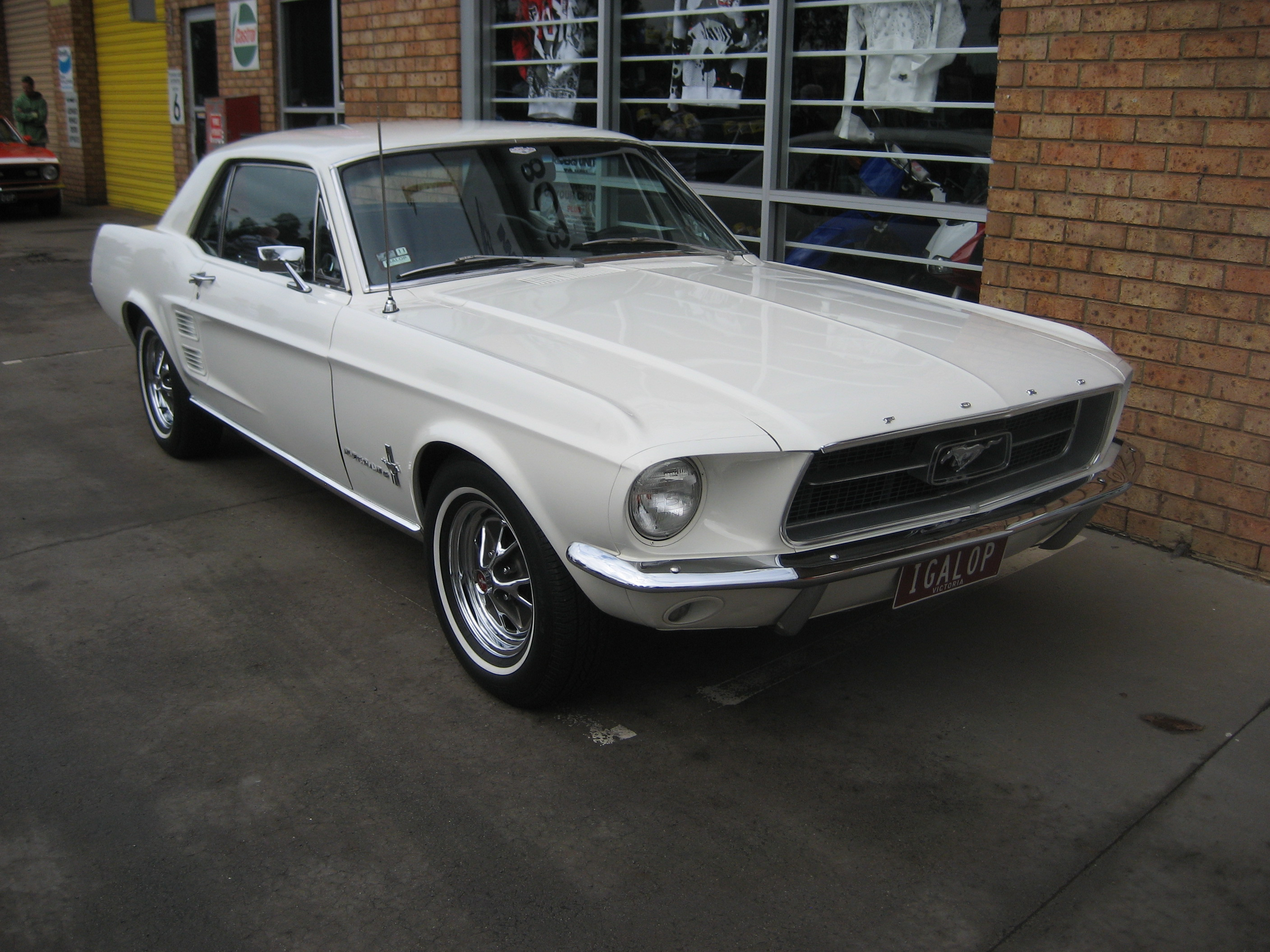 ford_mustang_hardtop_1967